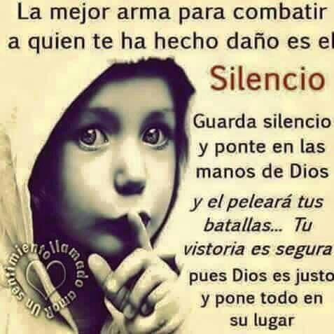 El silencio en forma responsable,cornprometida, diligentemente,en momentos algo oportunos porque en el silencio también existe el grito abierto por justicia y paz.!!!