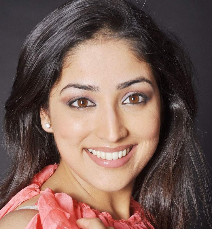 Yami Gautam is an Indian film and television actress. Her initial appearances were on Indian television commercials and soap operas like Chand Ke Paar Chalo and Yeh Pyar Na Hoga Kam. Born: November 28, 1988 (age 24), Chandigarh  Height: 1.65 m  Education: Panjab University, Chandigarh Parents: Mukesh Gautam, Anjali Gautam