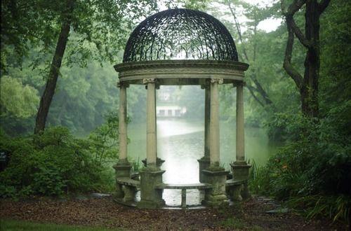 Westbury Gardens...very Sound of Music, no?: Secret Gardens, Favorite Places, Enchanted Gardens, Dreams, Romantic Places, Beautiful Gazebo, Longwood Gardens, Gardens Features, Westburi Gardens