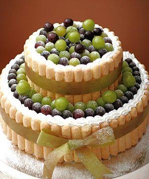 グレープのウェディングケーキ : フルーツ主役のウェディングケーキのデザイン&アイディア画像集【イチゴ・ベリー・マスカット】 - NAVER まとめ