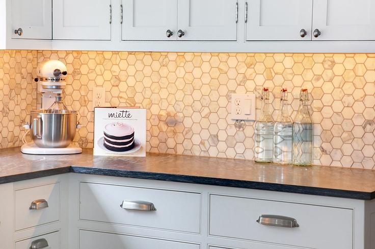capital hill kitchen dark countertops w marble tile backsplash and white cabinets. Black Bedroom Furniture Sets. Home Design Ideas