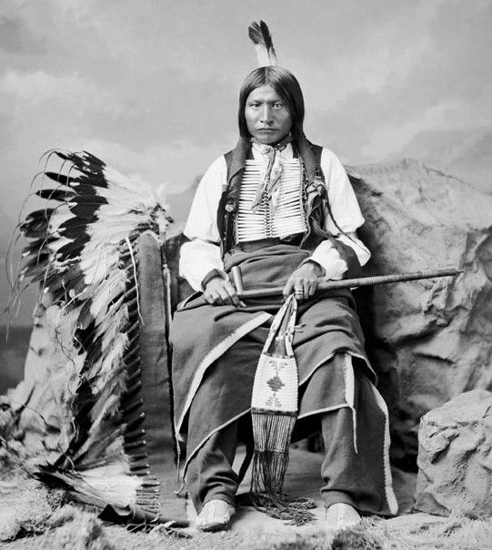 Three Bears was an outstanding war leader of the Kiyuksas. He might had been to the Southern Oglalas what Crazy Horse had been to the Northern Oglalas or Spotted Eagle to the Sans Arc. In 1876 he was with the Indian scouts who helped destroy Dull Knife´s Cheyenne village and in 1877 he fought at Slim Buttes with the U.S. Army. He was part of the anti-Crazy Horse faction after the Lakota surrender in 1877. He settled at Pine Ridge in 1877. It was at this time he threatened Crazy Horse in…