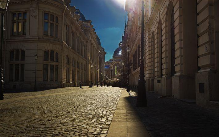 Scarica sfondi Bucarest, Romania, estivo, viaggiare, vecchio, città, pietre per pavimentazione
