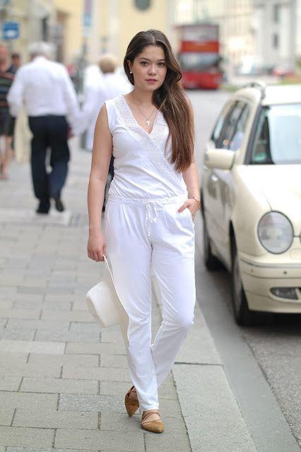 summer city, munich, münchen, aquazzura flats, white kimono, white jumsuit, playsuit, big hat