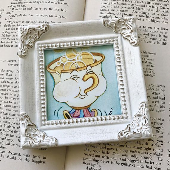Chip 3x3 Print in White Victorian Tabletop Mini Frame.