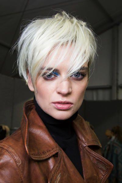 Acconciature capelli corti: 7 alternative per le feste - Marieclaire