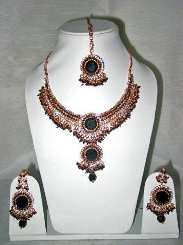 Bollywood Style Fashion Jewelry Set Handmade Black Gemstone Studded Kundan Necklace Set Mogul Interior, http://www.amazon.com/gp/product/B0080C74DQ/ref=cm_sw_r_pi_alp_xLwuqb158HR93