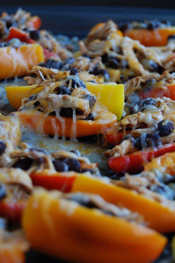 Mini Pepper Chicken and Bean Nachos | http://www.foodlovinfamily.com/mini-pepper-chicken-and-bean-nachos/