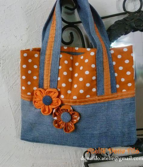 Bolsa Infantil de Tecido Jeans com Poá e Flores de Fuxico - Acessórios