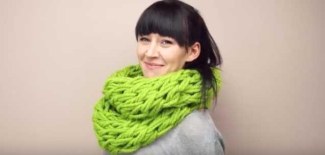 sciarpa fatta a mano per Natale