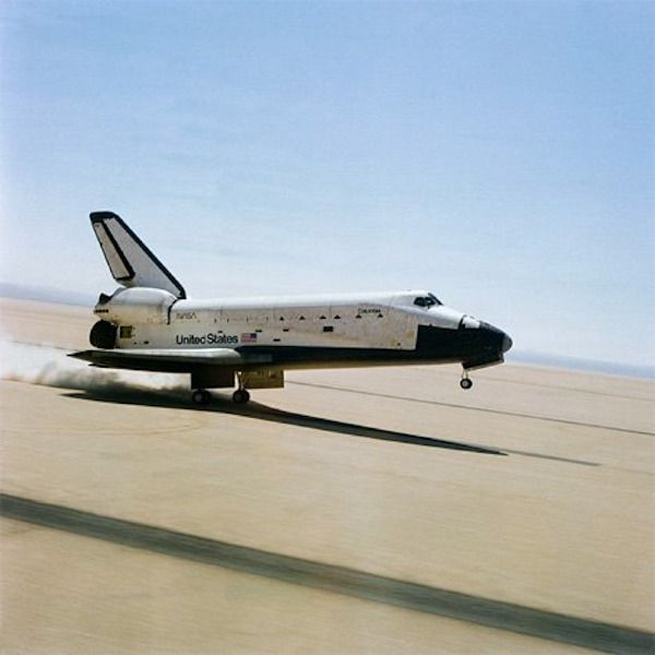NASA Space Shuttle Discovery (OV-103) landing at Edwards Air Force Base in California. (Photo: NASA)