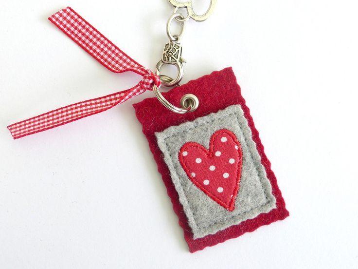 *Kleiner Anhänger aus Wollfilz* tolle Idee von Susanne-kreative-Seite (Diy Geschenke Valentinstag