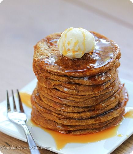 You can eat SIXTEEN of these pumpkin pie pancakes for less than 250 calories! http://chocolatecoveredkatie.com/2013/11/17/pumpkin-pancakes/