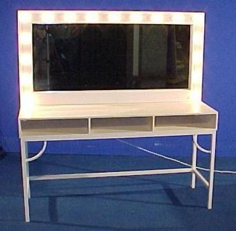 Toilettafel met spiegel en verlichting
