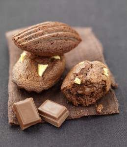 Chocolate and Apple Madeleines