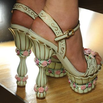 Shoes fit for Marie.... Dolce & Gabbana Winter 2012 Fashion Show