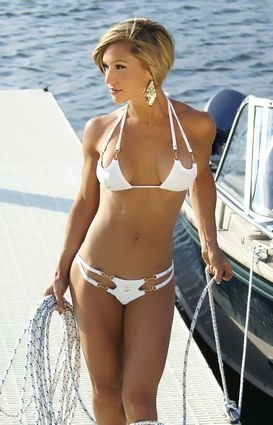 This would be perfect for the sail boat this year...now i just need to fit in it!! :)