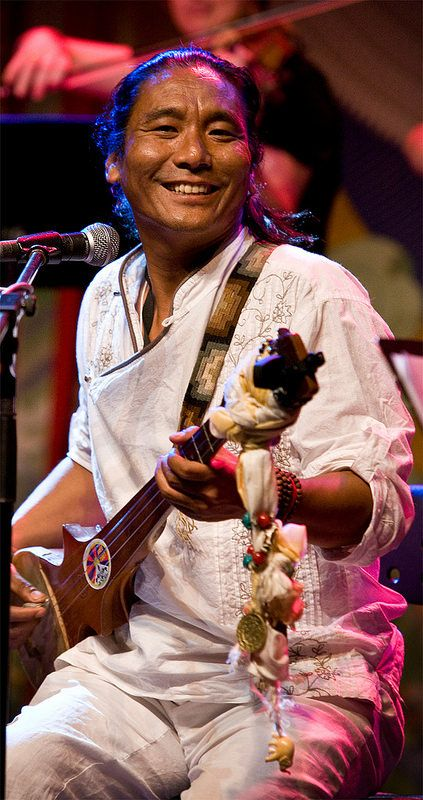 Tenzin Choegyal - World Folklines. Performing at the Woodford Folk Festival 2014/15. For more info visit: http://www.woodfordfolkfestival.com