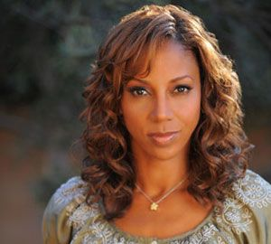Holly Robinson Peete spoke out against rapper  50 Cent, for his insensitive, foolish, moronic statements he made on his Twitter page.