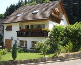 Haus Hilda Buchenbach - Ferien im Schwarzwald / Dreisamtal