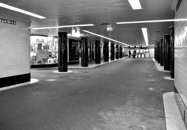 'Labyrinth'. Campbell Arcade, Melbourne. © G.C. Campbell.