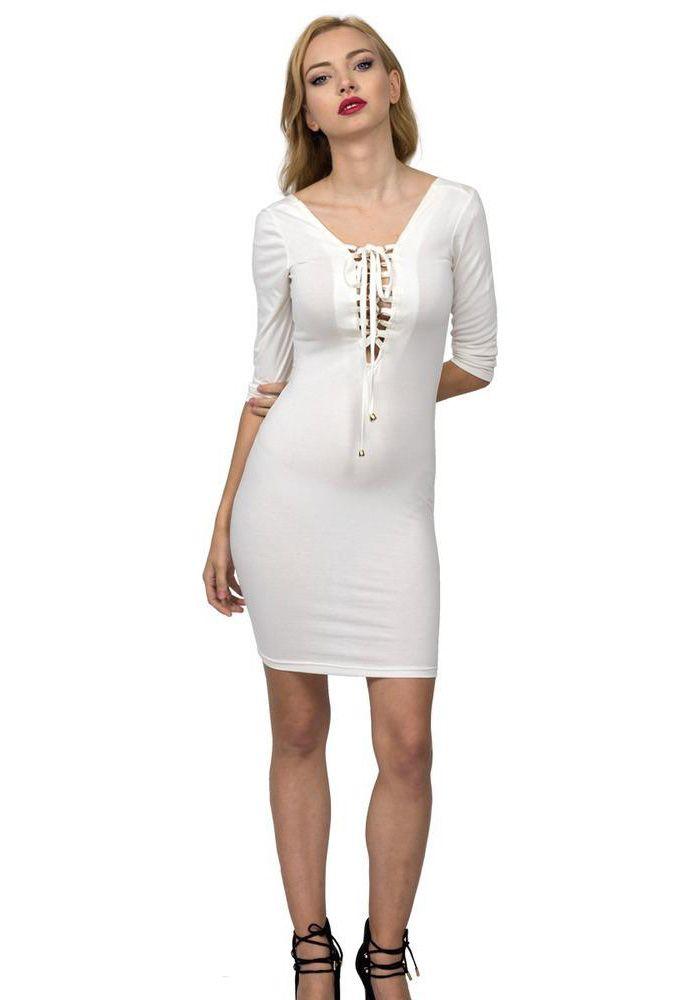 Φόρεμα mini με μακρύ μανίκι. Το φόρεμα είναι σε στενή γραμμή, έχει ντεκολτέ ανοιχτό στο στήθος και δένει με διακοσμητικά κορδόνια. Η πλάτη είναι με χαμόγελο. Ένα καθημερινό φόρεμα που συνδυάζεται με μποτάκια η με γόβες.  VISCOSE 90% - ELASTHAN 10%