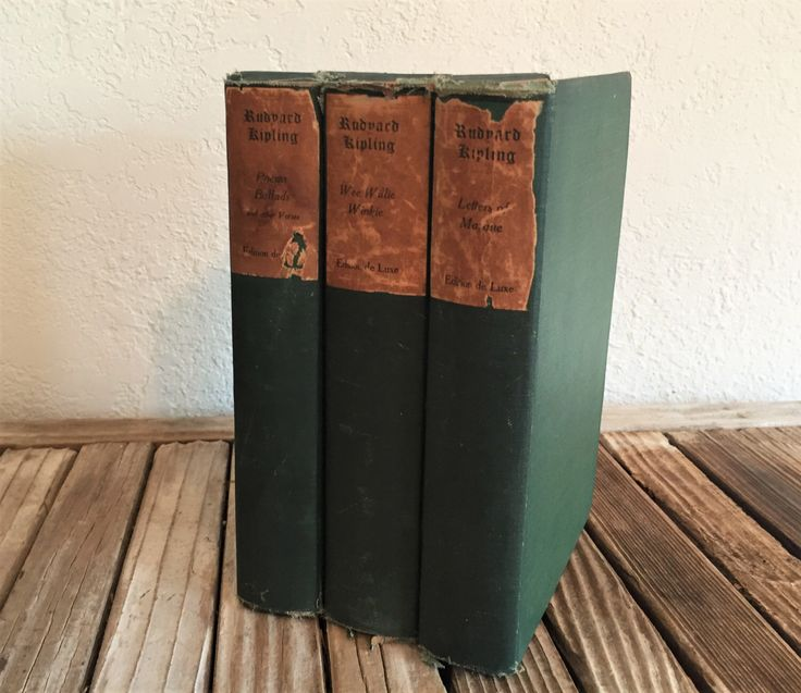 ViVintage Set of Books By Rudyard Kipling Wee Willie Winkie Letters of Marque by NostalgicNuance on Etsy https://www.etsy.com/listing/501753299/vivintage-set-of-books-by-rudyard