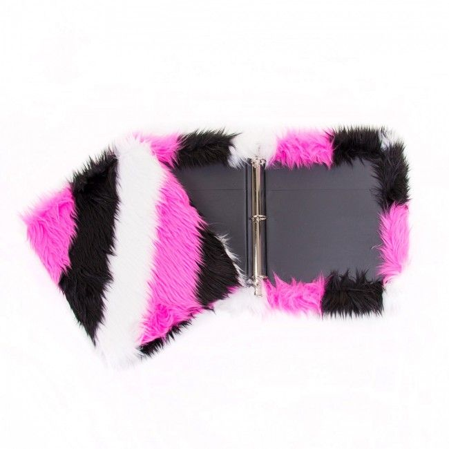 Furry Binder ($18) #tripleflip #forher #teens #tweens #holiday #gifts