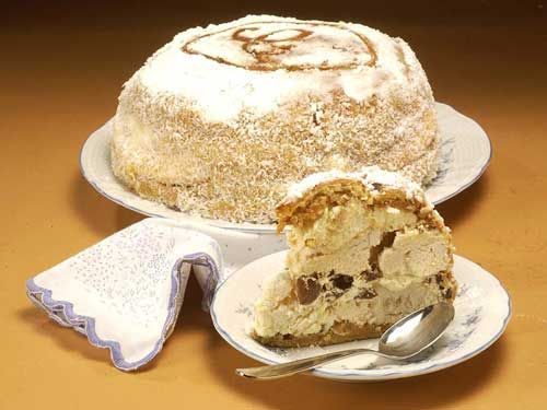 Postre Balcarce - This is an authentic Argentinenean dessert invented in Balcarce, Argentina in 1950.