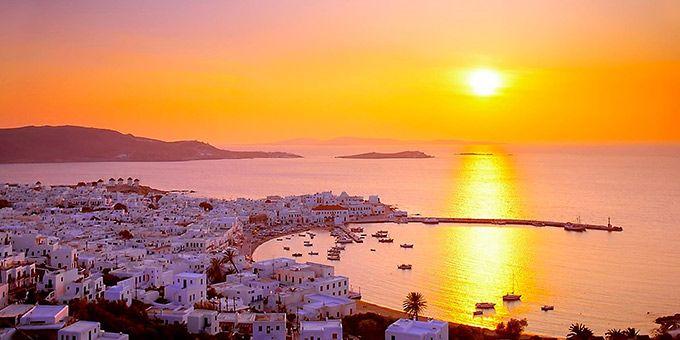 Ηλιοβασίλεμα στα ελληνικά νησιά