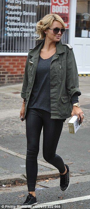 ALEX CURRAN | autumn comfy.
