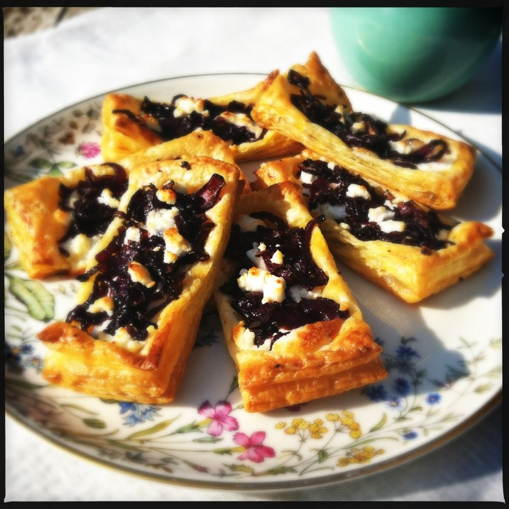 Little pastry with caramelized red onions & goat cheese
