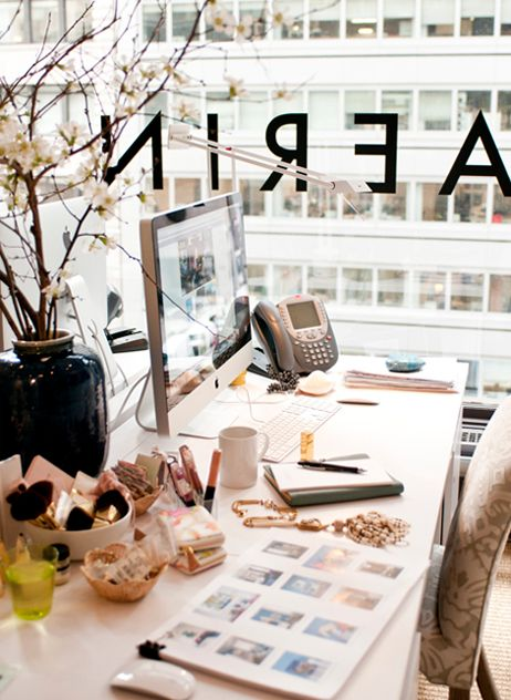 Soft and pretty - what a lovely desk scape.  #desk #work #design