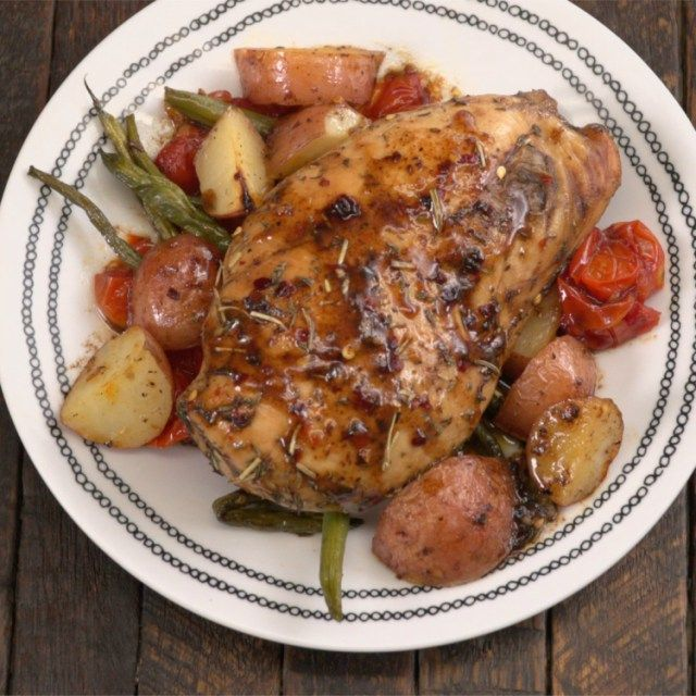 One-pan honey balsamic chicken with roasted potatoes, tomatoes, and green beans. But I'd use two pans to keep the meat separate, obvi.