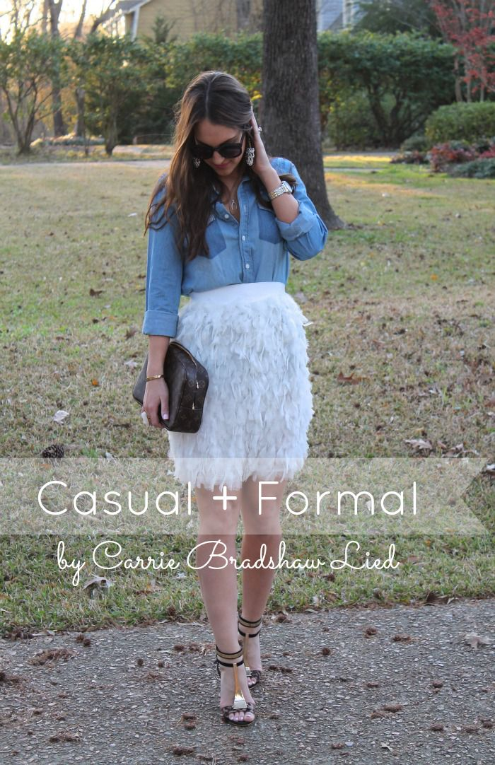 Mixing casual chambray with formal pieces on Carrie Bradshaw Lied