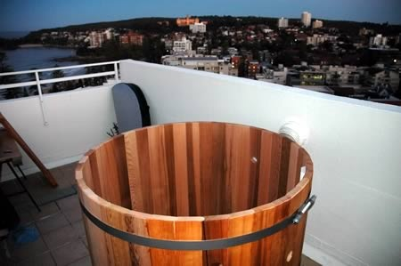 Ukko 4 person tub assembled on a balcony, Manly, NSW