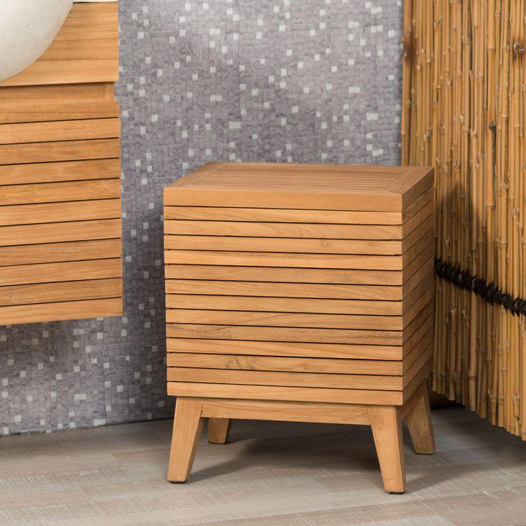 Pratique et élégant ce coffre à linge s'adaptera parfaitement à votre salle de bain.  Ce rangement pour le linge s'adaptera parfaitement avec notre collection de meuble sous vasque. Dimensions meuble Longueur : 40 cm Hauteur : 50 cm Profondeur : 30 cm