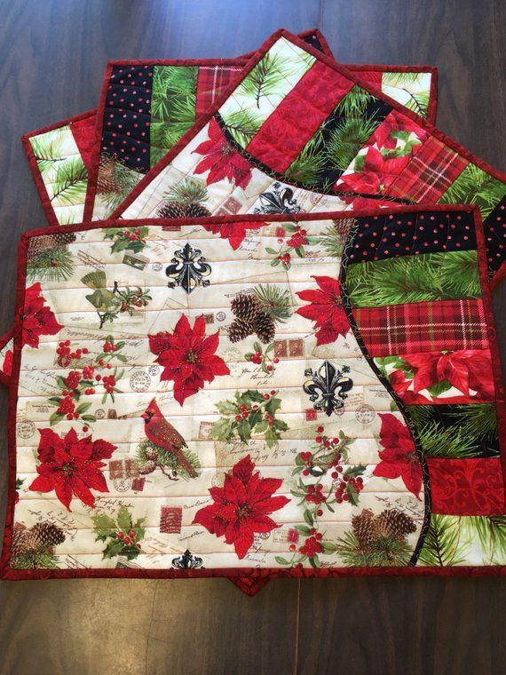Christmas Quilted Wave Table Runner And Placemats Set Products