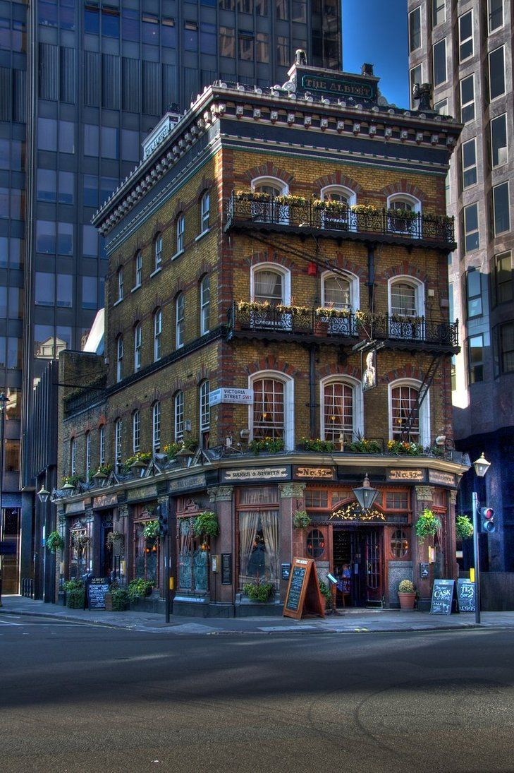 Картинки по запросу old pub exterior