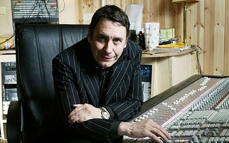 Jools Holland - the muso's musician, what a talent and what a lot he does to promote good music of all kinds