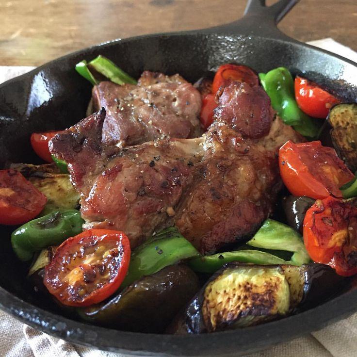 ポークリブ Pork ribs  #yummy #homemade #healthy #porkribs #pork #withbeer #lodge #おいしい #うちごはん #おつまみ #ポークリブ #魚焼きグリル #スタミナ #くらし #手作り