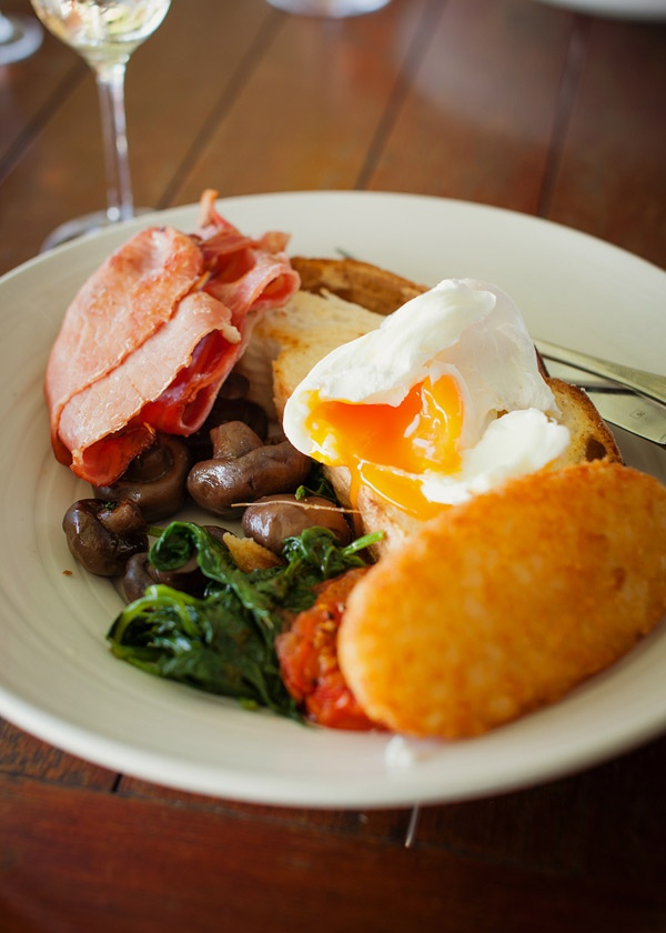 Mouth watering breakfast @ Petersons Champagne House #HunterValley