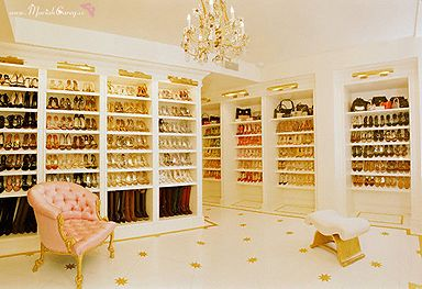 Mimi's shoe closet. I LOVE THIS BEYOND WORDS. like even more than cheese.