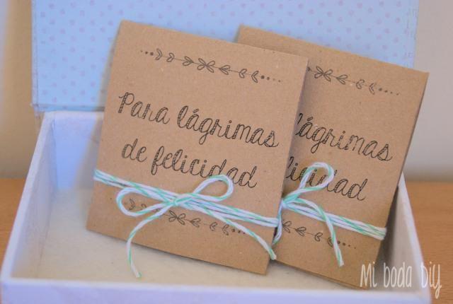 DiY: Pañuelos para lágrimas de felicidad: tutorial de lo más emotivo para el gran día