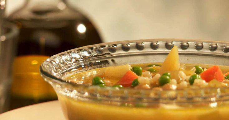 Découvrez cette recette de Soupe à l'orge et au café pour 4 personnes, vous adorerez!