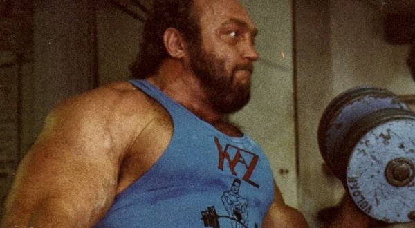 Bill Kazmaier Training Routine | Muscle and Brawn