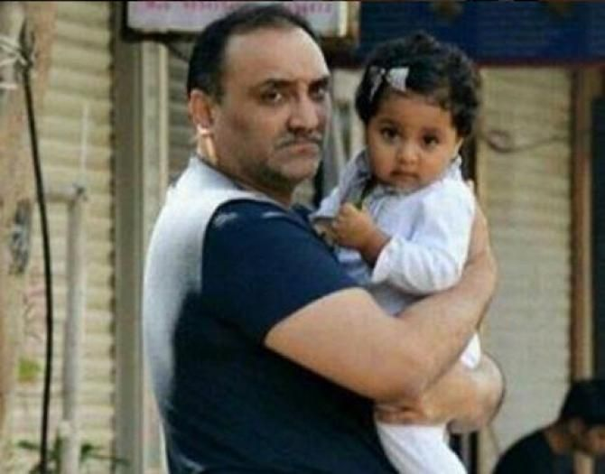 15-Month-Old Baby Adira Snapped With Daddy Aditya Chopra For The First Time Ever