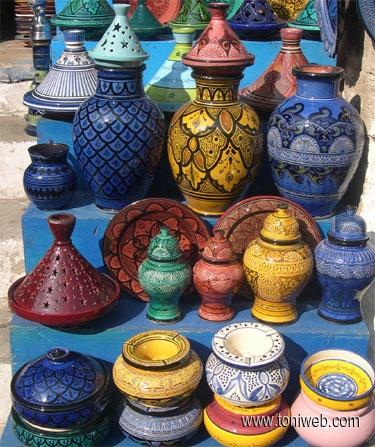 Esculturas de cerámica: ideales para activar el sector Noreste de nuestras casas.                                                                                                                                                     Más