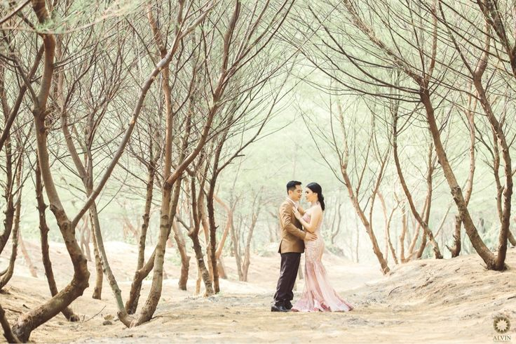 Its amazing how one day someone walks into your life and you can't remember how you ever lived without them. . Courtesy from Grace & Nicholas Prewedding Location Cemara Sewu Beach, Bantul Yogyakarta . . Photograph by @andrew_rawk Make Up by @amrysophiamakeup Check our website for the other photos at www.alvinphotography.co.id