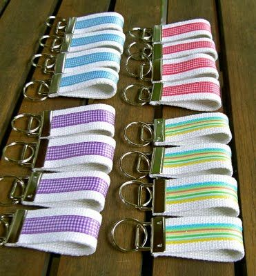 DIY:: Dollar Ribbon Keychains ! Great Gifts in College, Sorority, or Just Favorite Colors !